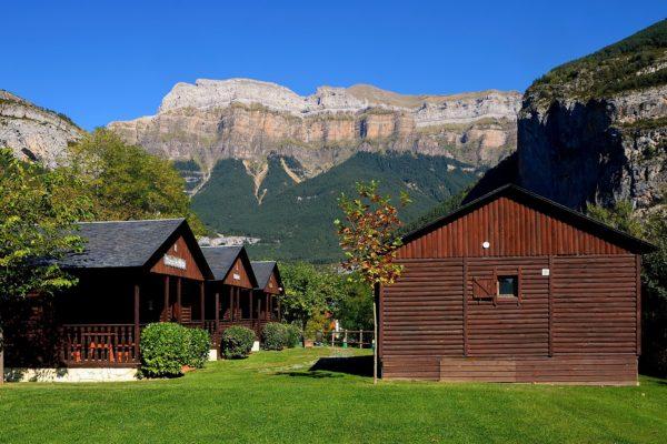 Los campings lideran las pernoctaciones turísticas extrahoteleras en el primer semestre